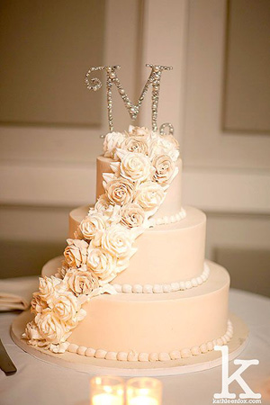 28 Inspirational Pink Wedding Cake Ideas     Elegantweddinginvites com     beautiful pink wedding cake ideas