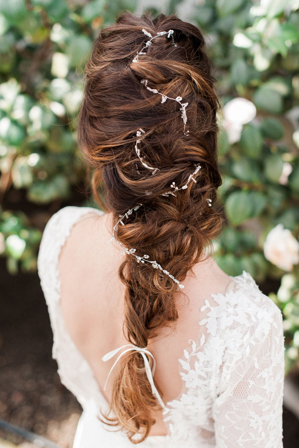 20 Drop Dead Bridal Hair Styles Amp Wedding Accessories
