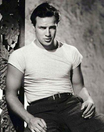 Marlon Brando, divo epico di Hollywood nei primi anni 50.