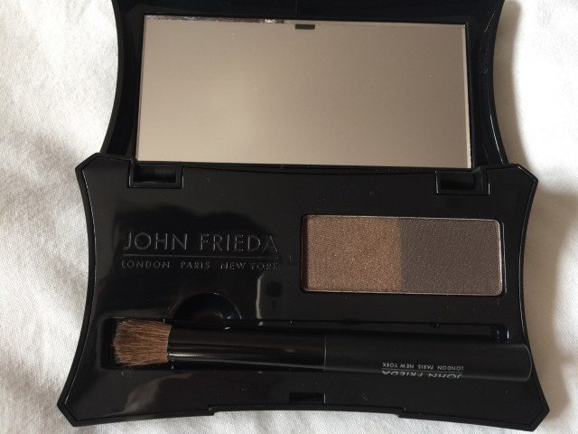 John Frieda root blur swatch