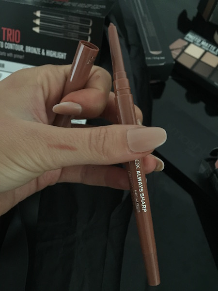 smash box always sharp lip liner swatch