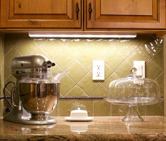 installing under cabinet led lighting