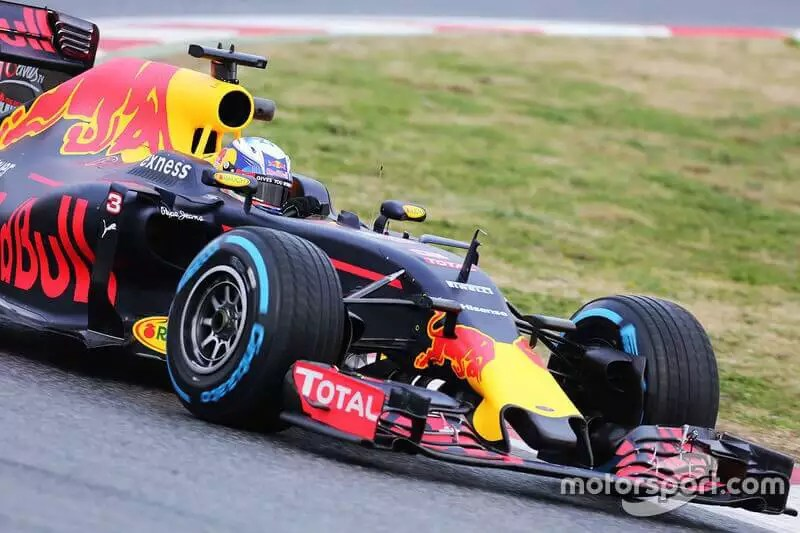 red bull racing formule 1 F1 customer experience