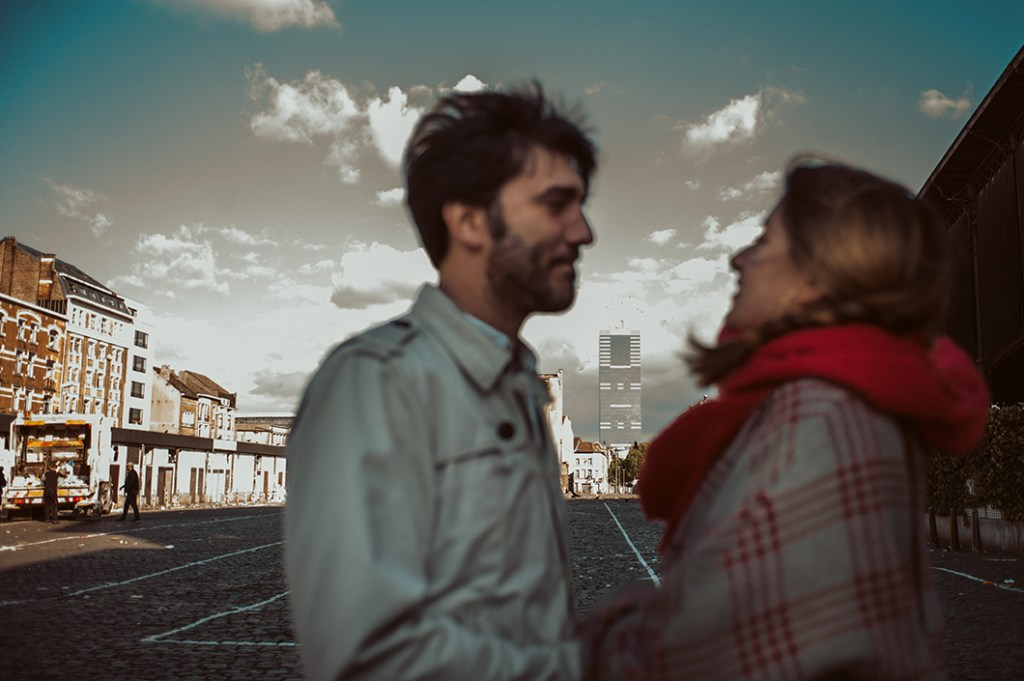 Brussels Engagement Session - urban background with blurred subjects