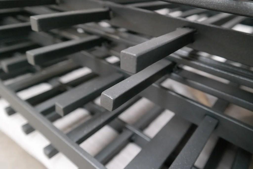 Nahaufnahme Zaunstäbe 12mm Vierkant