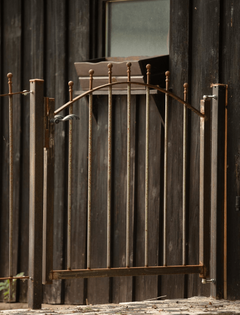 antikes Gartentor Ancona mit Kugelstab in unbeschichteter Ausführung