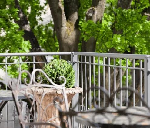 Balkonzaun Lucca in pulverbeschichteter Ausführung