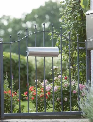 zu den schlichten Gartentüren