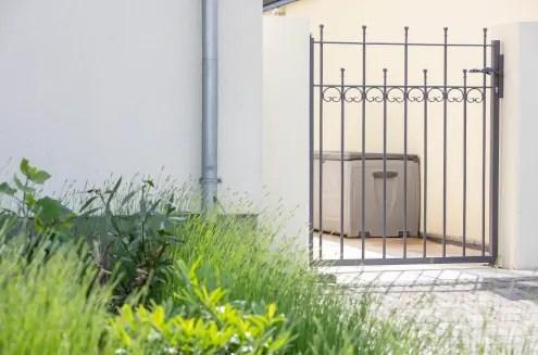 Gartentür Lana in pulverbeschichteter Ausführung