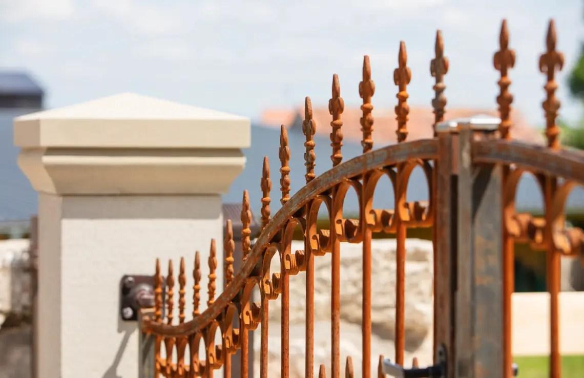 Tor Lugano unbeschichtet Hespeneisen