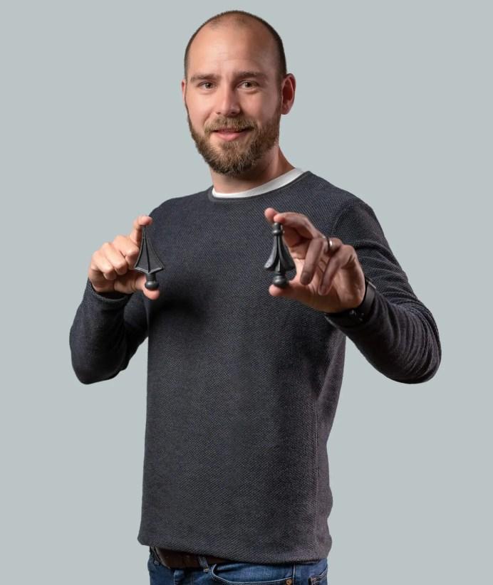 Mitarbeiter Thomas Hübner