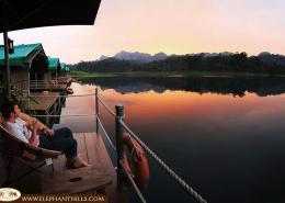 Enjoy the sunset atmosphere to reflect on the day, relax and to have a drink