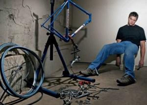 2891 Ciclista affranto