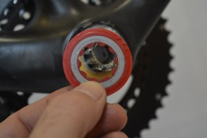 4940 Installazione e manutenzione Press-fit 20
