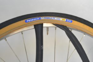 6981-montare-copertoncino-bicicletta-20