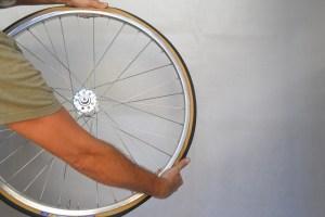 6991-montare-copertoncino-bicicletta-30