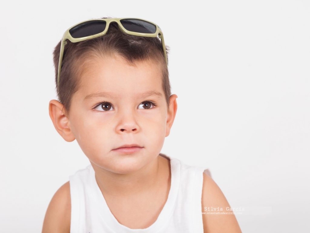 _mg_1988, sesion infantil y familiar, fotografia de familia natural, fotos de familia divertidas, fotografo infantil Madrid