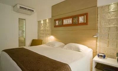 Data da foto: 04/2007 Quarto do apartamento Design Standard do Ritz Lagoa da Anta Urban Resort, na Praia Lagoa da Anta.