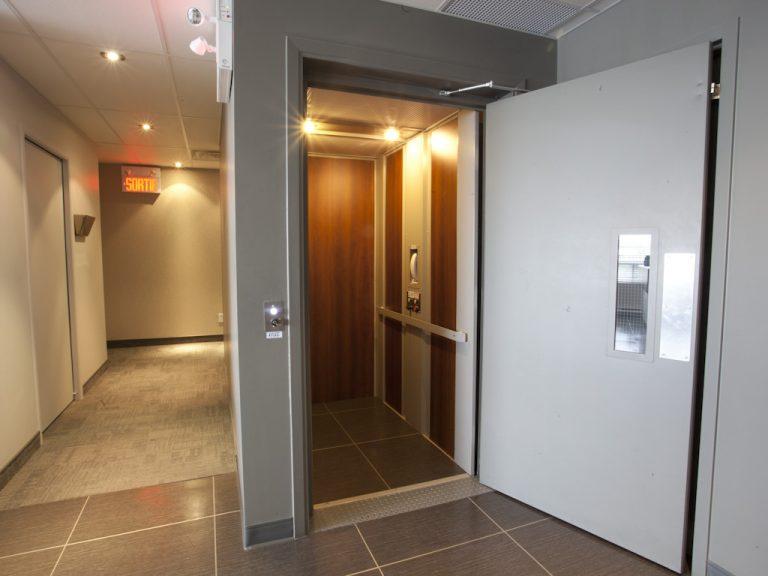 ascenseur commercial elvor