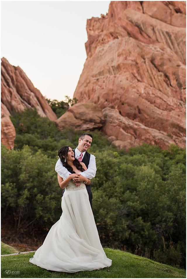 Stephanie Eric Arrowhead Golf Club Tent Wedding Photos