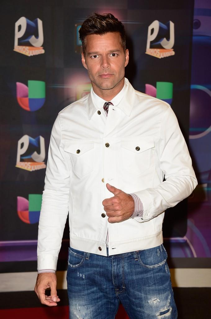 MIAMI, FL - 16 DE JULHO: Ricky Martin participa da Univision Premios Juventud 2015 no Bank United Center em 16 de julho de 2015, em Miami, Florida.  Frazer Harrison / Getty Images Para Univision / AFP