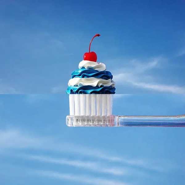 7. Pastelito + Cepillo de dientes