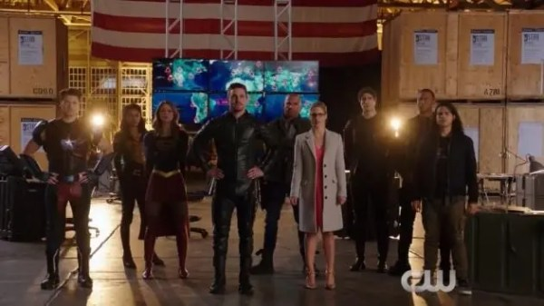 heroes-v-aliens1
