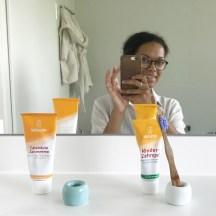 Zahnpasta und Bürstenhalter