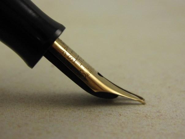 Imagem de pena flexível de caneta tinteiro