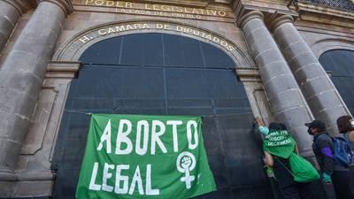 Estigmas sobre el aborto: Te explicamos algunos mitos (y cómo desmentirlos)
