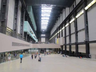 Photograph of entry hall, Tate Modern, London