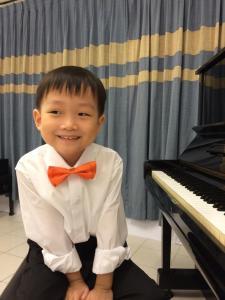 el at the piano