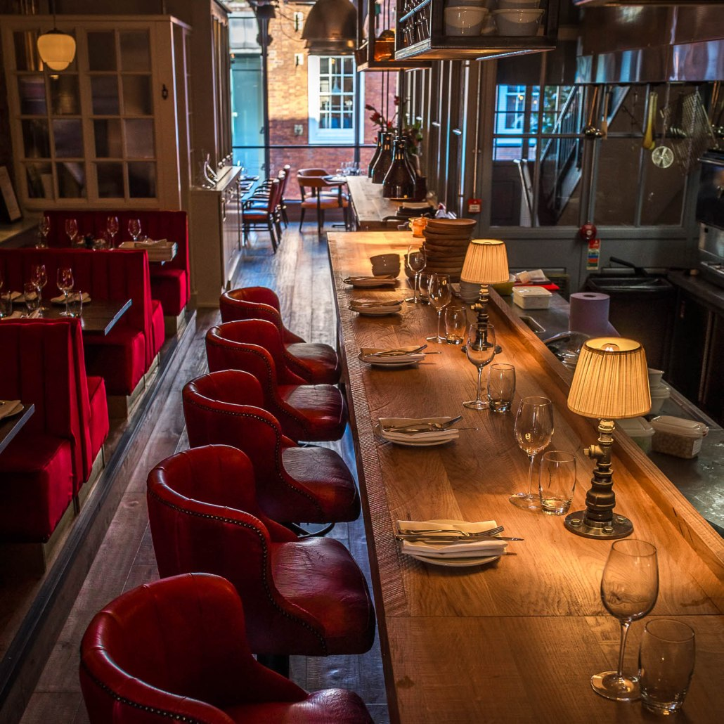 Restaurant booking and chef's table at El Gato Negro