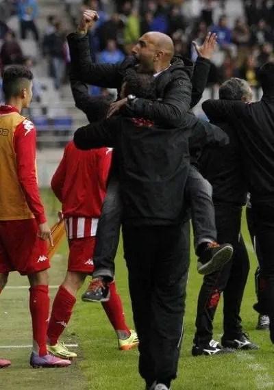 Abelardo celebrando una victoria del equipo esta temporada/ Foto: Agencias