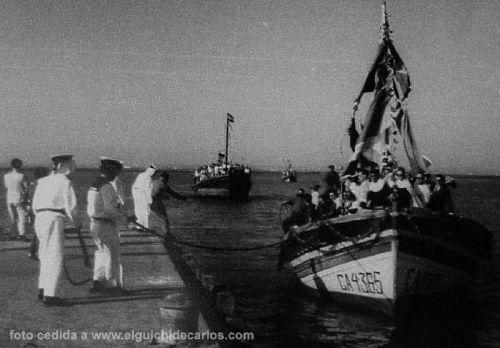 Procesión maritina por la Velada del Carmen. San Fernando