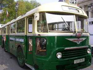El chulo, así se conocía a este autobús en La Isla
