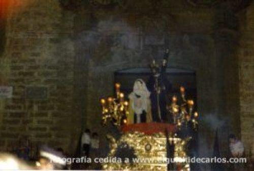 Lluvia Jueves Santo 1985 - Los ensayos de Nicolás Carrillo