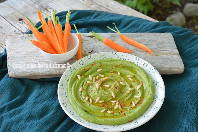 Receta de Hummus de espinacas con piñones