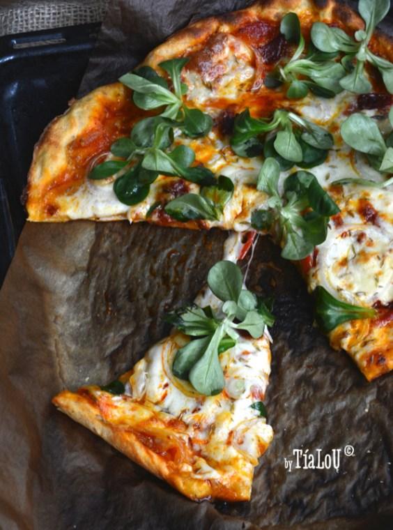 Pizza-casera-de-chorizo-y-cebolla-by-tia-lou_juvasa02