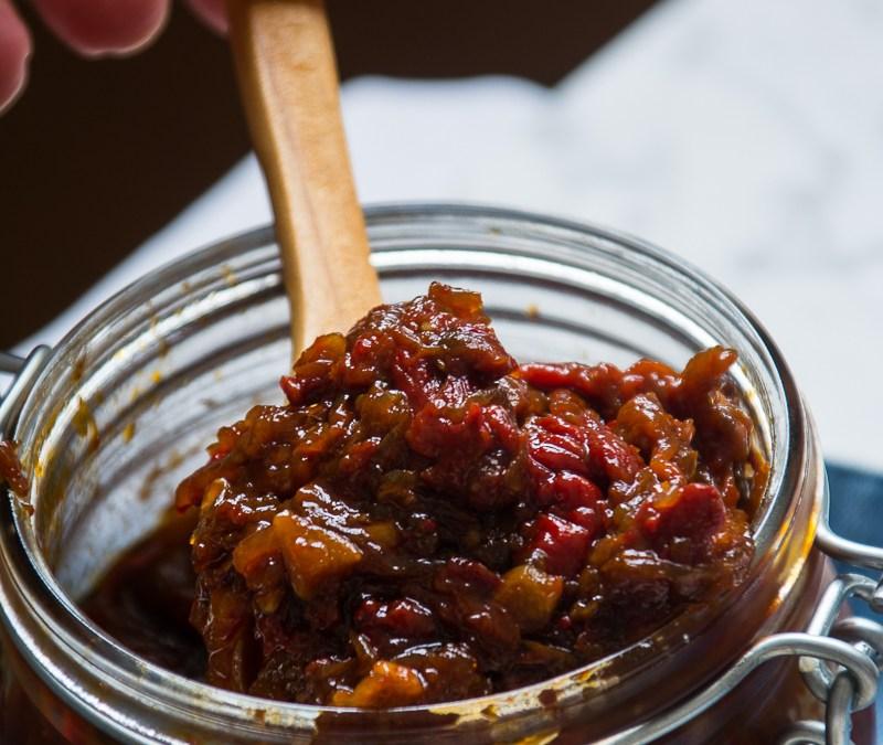 Chutney de cebollas rojas y pimientos