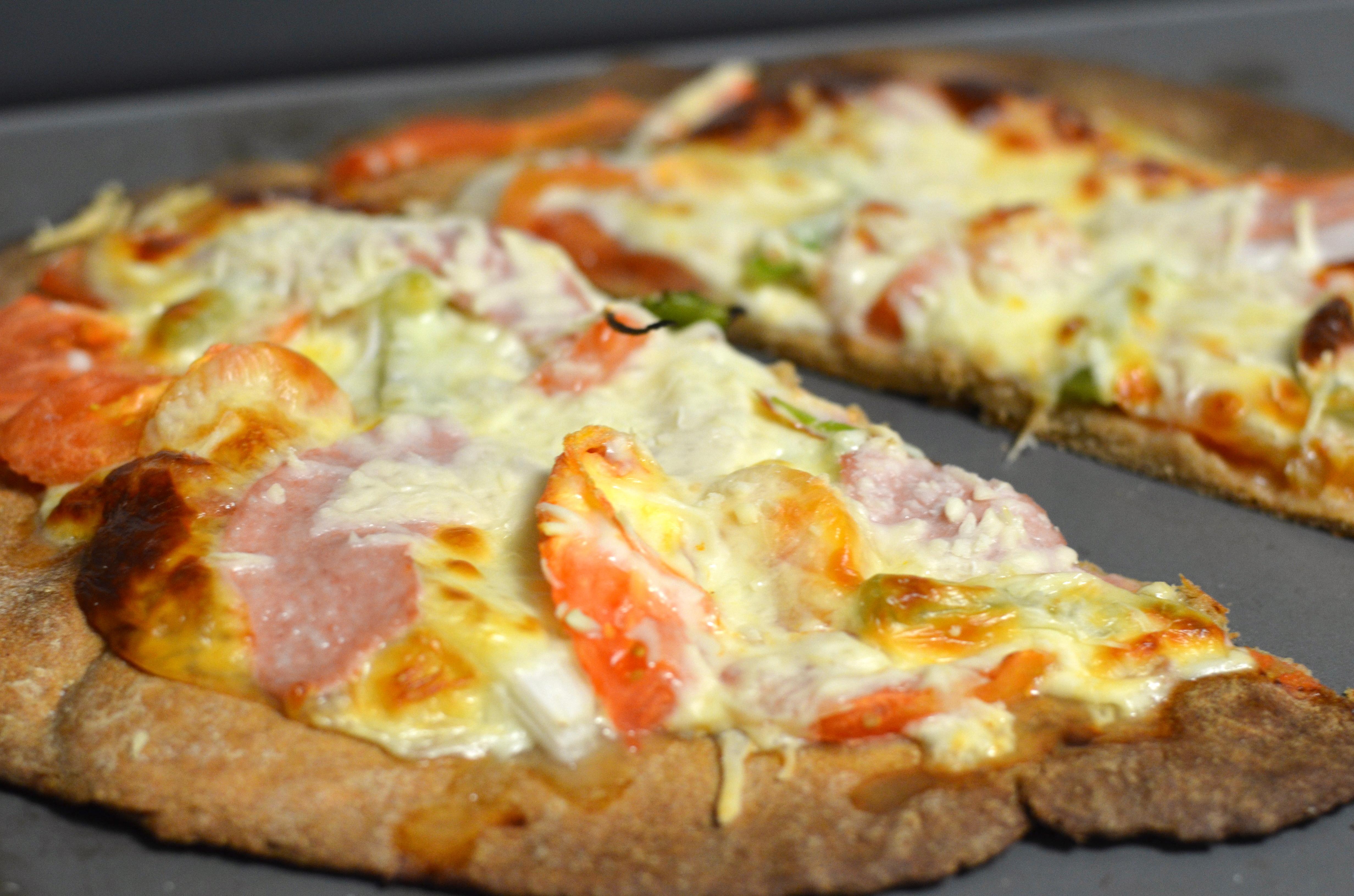 Receta Fácil de Pizza Casera Saludable de Harina Integral