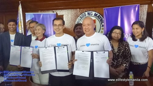 Ernest Cu and Hon. Mayor Isko Moreno signing a MOA to empower students from the City of Manila