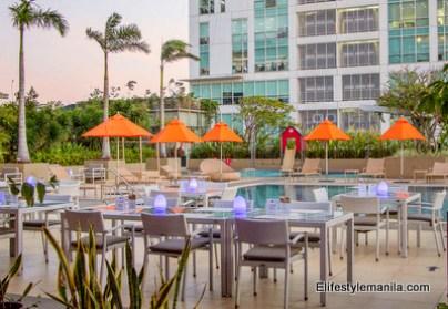 Araneta City outdoor dining