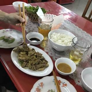 Piatto di carne di capra tipico di Ninh Binh