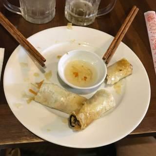 Spring Rolls fritti con salsa agrodolce