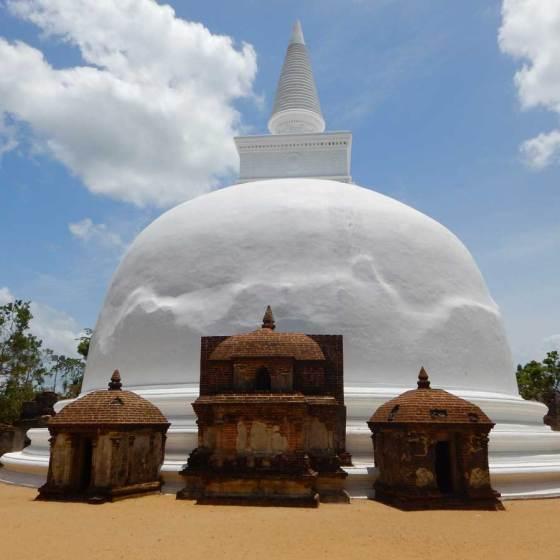 Sri Lanka Polonnaruwa Stupa Kiri Vehera