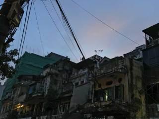 Vietnam-Hanoi-cavi-elettrici