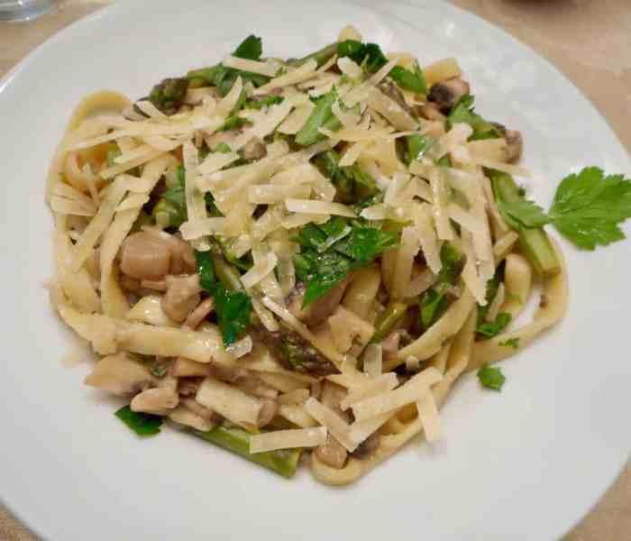 Spring Asparagus and Mushroom Fettuccine