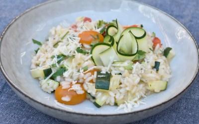 Risotto med Zucchini och tomat