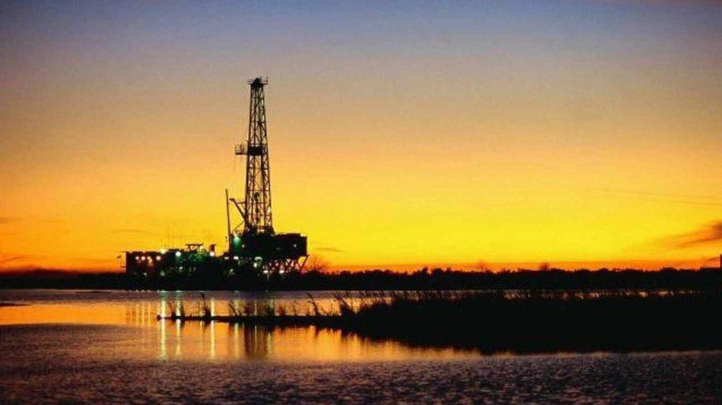 La OPEP elevará en unos 700.000 barriles al día la oferta de petróleo.